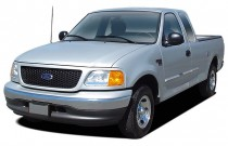 "2004 Ford F-150 Heritage Reg Cab 139"" XLT Angular Front Exterior View"