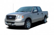 "2004 Ford F-150 SuperCrew 139"" XLT Angular Front Exterior View"