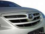 2004 Mazda MPV 4-door LX Grille