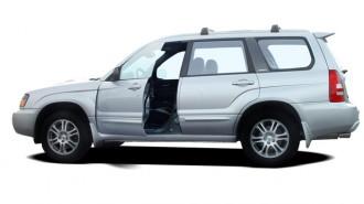 2004 Subaru Forester (Natl) 4-door 2.5 XS Auto w/Premium Pkg Open Doors