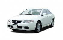 2005 Acura TSX 4-door Sedan AT Angular Front Exterior View