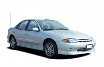 2005 Chevrolet Cavalier 4-door Sedan LS Sport Angular Front Exterior View