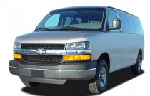 "2005 Chevrolet Express Passenger 3500 135"" WB RWD Angular Front Exterior View"