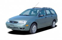2005 Ford Focus 4-door Wagon ZXW SES Angular Front Exterior View