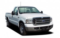 "2005 Ford Super Duty F-250 Reg Cab 137"" XLT Angular Front Exterior View"