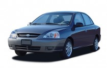 2005 Kia Rio 4-door Sedan Auto Angular Front Exterior View