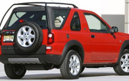 2005 Land Rover Freelander vs Honda CR-V, Toyota Highlander, Subaru ...