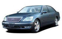 2005 Lexus LS 430 4-door Sedan Angular Front Exterior View