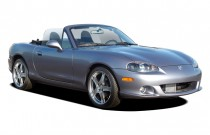2005 Mazda MX-5 Miata 2-door Convertible MAZDASPEED Angular Front Exterior View