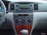2005 Toyota Corolla 4-door Sedan LE Manual (Natl) Instrument Panel