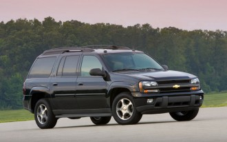 Feds Investigating GM SUVs For Fuel-Gauge Issues
