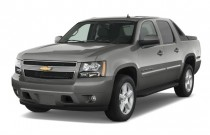 "2009 Chevrolet Avalanche 2WD Crew Cab 130"" LT w/1LT Angular Front Exterior View"