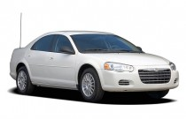 2006 Chrysler Sebring Sedan 4-door Angular Front Exterior View