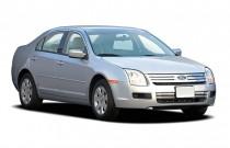2006 Ford Fusion 4-door Sedan V6 SE Angular Front Exterior View