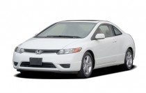 2006 Honda Civic Coupe EX AT Angular Front Exterior View