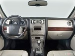 2006 Lincoln Zephyr 4-door Sedan Dashboard