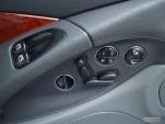 2006 Mercedes-Benz SL Class 2-door Roadster 5.0L Door Controls