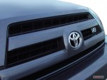 2006 Toyota 4Runner 4-door Limited V8 Auto 4WD (Natl) Grille