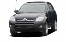 2006 Toyota RAV4 4-door Limited 4-cyl 4WD (Natl) Angular Front Exterior View