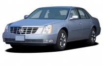 2007 Cadillac DTS 4-door Sedan Luxury II Angular Front Exterior View