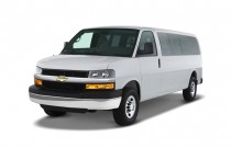 "2007 Chevrolet Express Passenger RWD 3500 135"" Angular Front Exterior View"