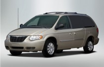 2007 Chrysler Town & Country LWB 4-door Wagon Touring Angular Front Exterior View