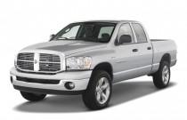 "2007 Dodge Ram 1500 4WD Quad Cab 140.5"" SLT Angular Front Exterior View"