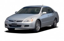 2007 Honda Accord Hybrid 4-door Sedan Angular Front Exterior View