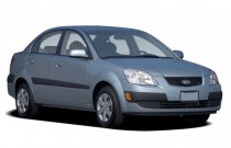 2007 Kia Rio 4-door Sedan Auto LX Angular Front Exterior View