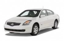 2007 Nissan Altima 4-door Sedan I4 eCVT 2.5 Hybrid Angular Front Exterior View