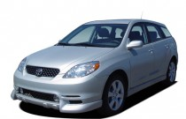 2007 Toyota Matrix 5dr Wagon Manual STD (Natl) Angular Front Exterior View
