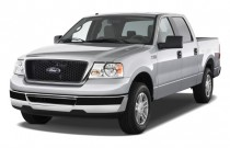 "2008 Ford F-150 2WD SuperCrew 139"" XLT Angular Front Exterior View"