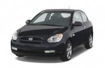2008 Hyundai Accent 3dr HB Auto SE Angular Front Exterior View