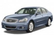 2008 Infiniti M35 4-door Sedan RWD Angular Front Exterior View
