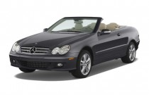 2008 Mercedes-Benz CLK Class 2-door Cabriolet 3.5L Angular Front Exterior View