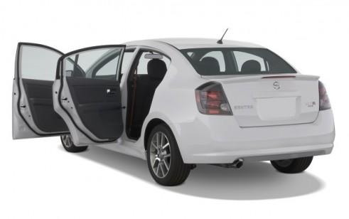 2008 Nissan Sentra 4-door Sedan Man SE-R Spec V Open Doors