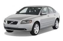 2008 Volvo S40 4-door Sedan 2.4L Man FWD Angular Front Exterior View