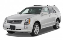2009 Cadillac SRX RWD 4-door V6 Angular Front Exterior View