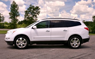 2009 Chevrolet Traverse: Late to the Party, or Right in Time?