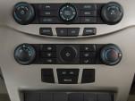 2009 Ford Focus 4-door Sedan S Temperature Controls