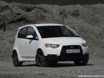 2009 mitsubishi colt official photos 002