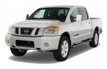2009 Nissan Titan 4WD Crew Cab SWB LE Angular Front Exterior View
