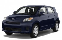 2009 Scion xD 5dr HB Man (Natl) Angular Front Exterior View