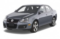 2009 Volkswagen GLI 4-door Sedan DSG Angular Front Exterior View