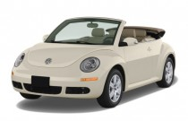 2009 Volkswagen New Beetle Convertible 2-door Auto S Angular Front Exterior View
