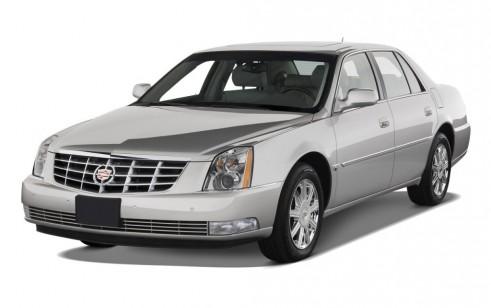 2010 Cadillac DTS 4-door Sedan w/1SA Angular Front Exterior View