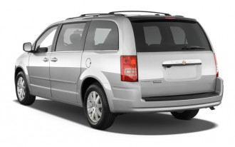 Recall Watch: 2010 Chrysler Town & Country