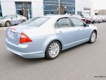 2010 Ford Fusion Hybrid Taking Off With 4 Passengers