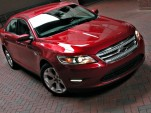 2010 Ford Taurus photo by Rex Roy