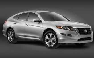 2010 Honda Accord Crosstour Sideswiped By Facebook, Twitter